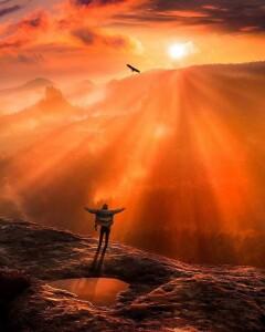 a nap azért született, hogy Életet adjon...